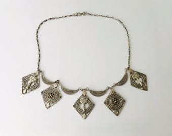 1970s Handmade Silver Necklace, Linked Palm Tree and Flowers Filigree Silver Necklace