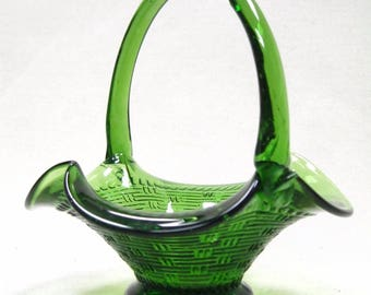 Vintage Green Glass Basket With Handle Ruffled Edge Weave Pattern