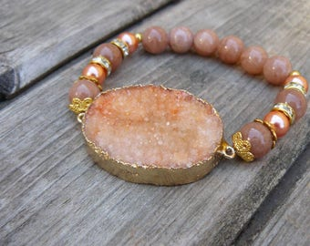 Druzy geode orange strech bracelet beaded with gemstones - Jade/ Natural stone pendant - agate