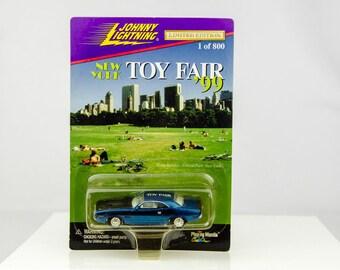 Johnny Lightning 1 of Only 800 New York Toy Fair 1999 '99 1/64 Diecast Car