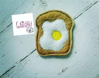 Bread and Egg feltie. Embroidery Design 4x4 hoop Instant Download. Felties