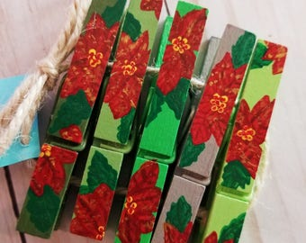 Poinsettia Hand Painted Clothespins//Photo and Place Card Holders// READY TO SHIP