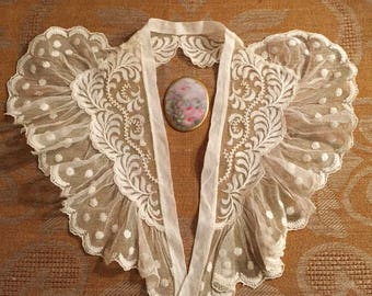 Ruffled, Embroidered Tulle Lapel Collar