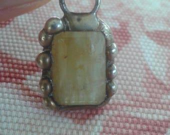 Yellow beryl pendant