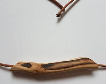 wooden natural necklace by silviehruskova