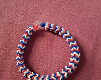RED WHITE & BLUE rainbow loom bracelet