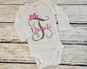 Glitter Monogram Onesie/Custom Onesie/girl onesie/monogram onesie/baby shower gift/bow onesie/personalized onesie/baby girl gift/babygift