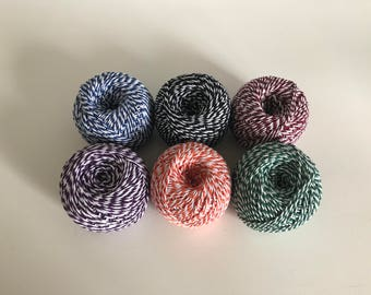 Set of 6 strings Bakers Twine which is bicolour cotton