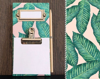 Notes memo Board / / Palm trees palm leaves / / wood clipboard