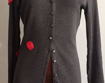VINTAGE CARDIGAN grey wool with red applications size small