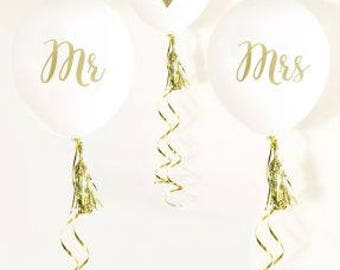 MR & MRS Party Balloons (set of 3)