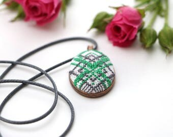 Modern cross stitch green necklace, hand embroidery, jewelry gift for mom, unique necklaces, cross stitch jewelry, fabric pendant