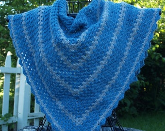 Crocheted, Soft Blue and Grey Shawlette in Alpaca yarn, Crochet Shawlette, Variegated Shawl, Handmade Shawl, Trendy