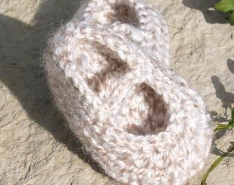 Crochet Mary Jane Booties, Oatmeal Booties, Infant Booties, Handmade Booties, Shower Gift