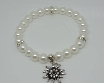 Traditional German Dirndl Bavarian Pearl Bracelet with small Edelweiss