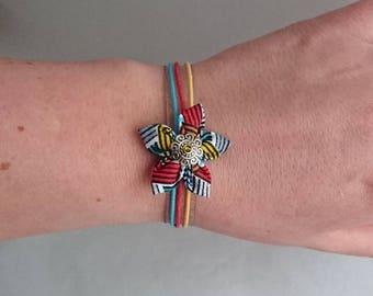 Bracelet adjustable multicolor striped fabric flower