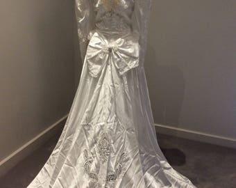 Vintage 1980's white wedding gown