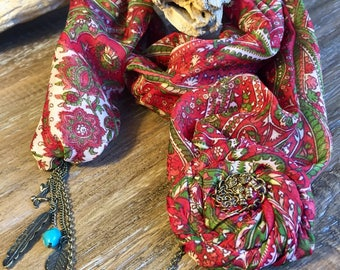 GO-AHEAD! It's red! Stylish Shawl Necklace