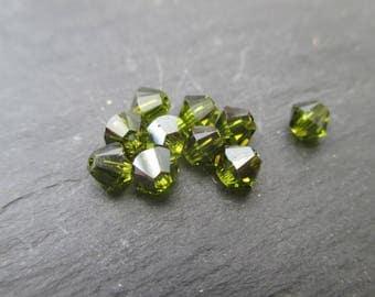 Swarovski 4 mm: 8 beads olivine - green olive tops