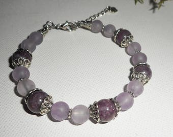 Bracelet with Amethyst stones and lapidonite