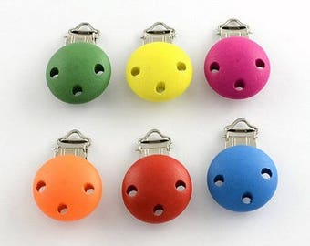 1 PACIFIER CLIP CHOICE BOY NEW 28 MM ROUND WOODEN CLIP