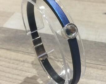 metallic blue leather, zamak magnetic clasp and swarovski crystal bracelet