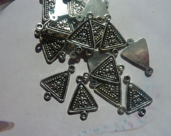 4 x connector charms pendant ethnic triangle knot silver-plated 21x15mm