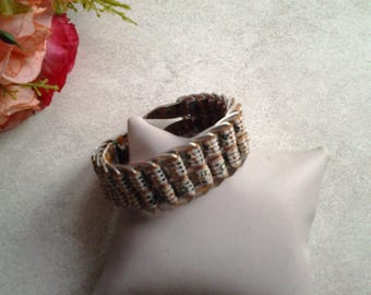 Ribbon Bracelet and vignettes of cans