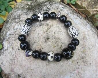 Chunky Stretch Bracelet boho, large glass, ceramic beads and glass, black and ecru