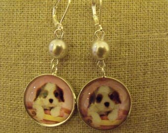 SALE earrings Pearl gray glass puppy cabochon