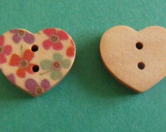set of 2 wooden buttons heart 15mmx17mm