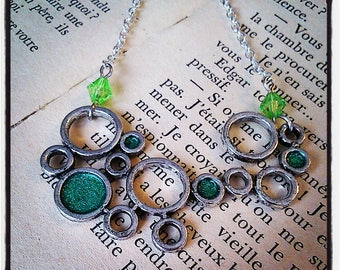 """Silver and glittery """"bubbles"""" pendant necklace Green"""