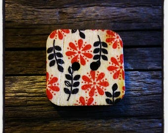 button flower wooden square 24 mm / 2 holes