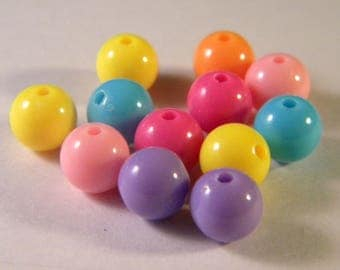 50 opaque beads - 8 mm - bright colors PE245