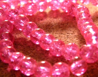 100 6 mm - pink - PE127 Crackle glass beads
