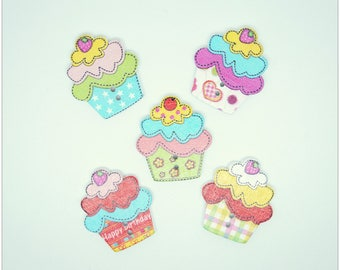 Set of 5 buttons wood - deco cupcakes
