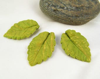 3 green leaves marbled gold