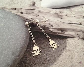 Adorable skulls earrings