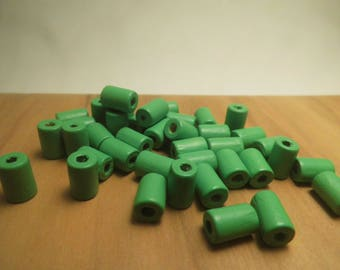 TUBE 40 LARGE WOODEN BEADS GREEN 10MM
