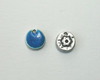 Sequin charm double sided, silver, 12 mm, blue.