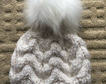 Cozy Cabled Hat (adult)