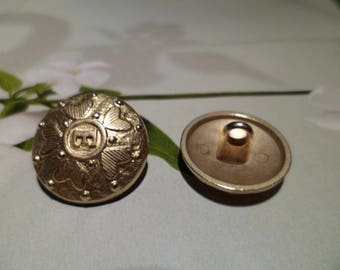 Gold etched 18 mm sewing buttons
