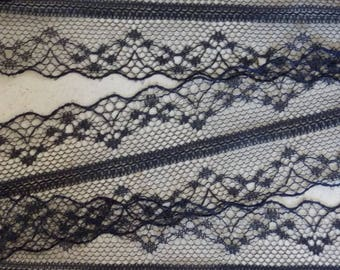 Beautiful ribbon lace thin and delicate black - 1 m