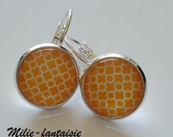 Lever back earrings silver yellow glass cabochon