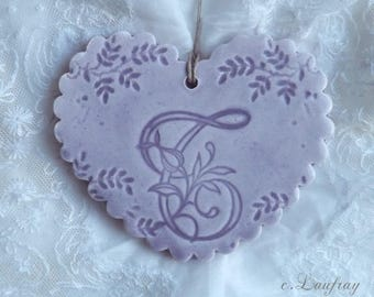 Heart made of earthenware personalized, wavy edges, lace, purple print and letter ' you