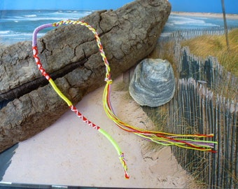 Friendship Bracelet braided threads to tie at the wrist