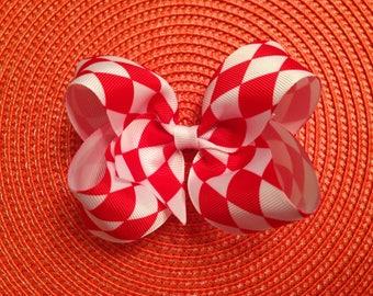 Diamond Pattern Bow