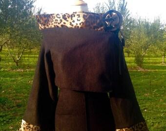Sold only Bolero two-tone polar fleece Noire/Fausse Leopard fur + brooch / realizable in colors of your