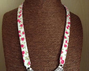 Bib necklace pink floral liberty fabric