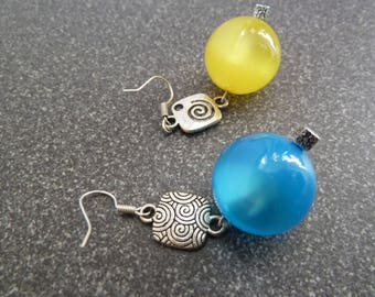 "Dangle earrings ""Candy"" two colors"